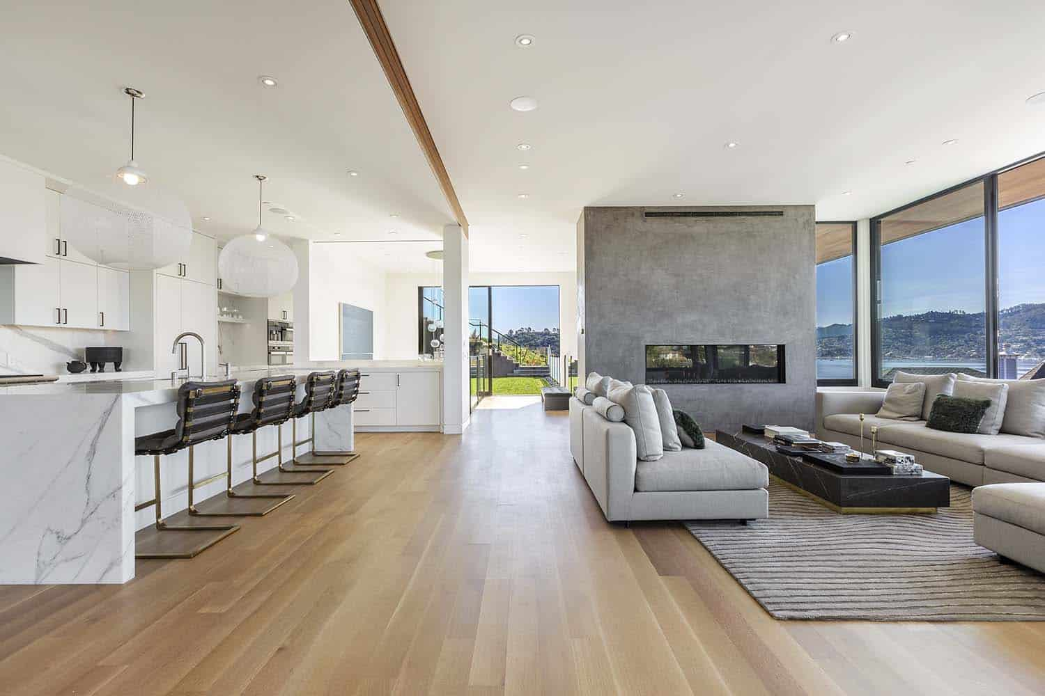 Marin County Hillside Home-Ryan Group Architects-02-1 Kindesign