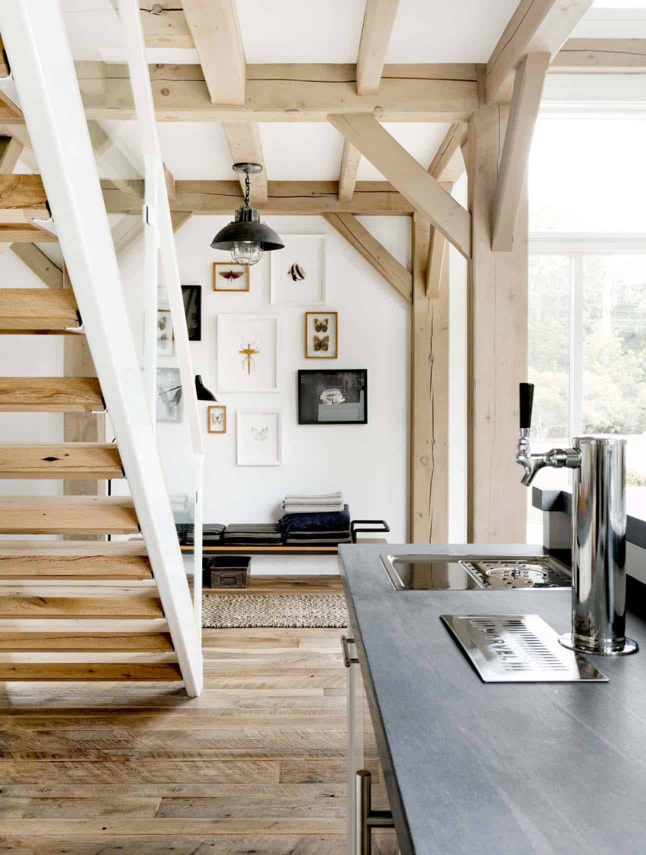 modern farmhouse staircase