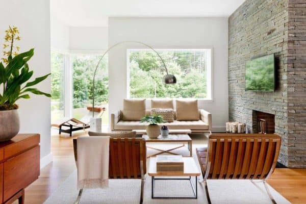 featured posts image for East Hampton pad features neutral palette with a masculine touch