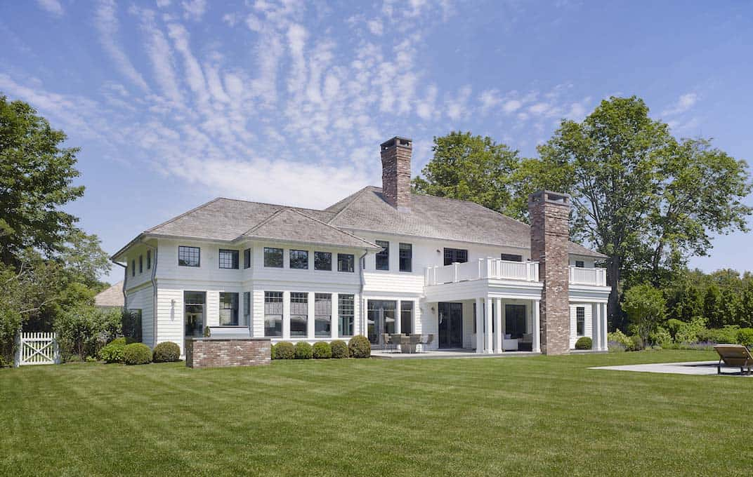 Modern Shingle-Style Home-Dan Scotti Design-30-1 Kindesign