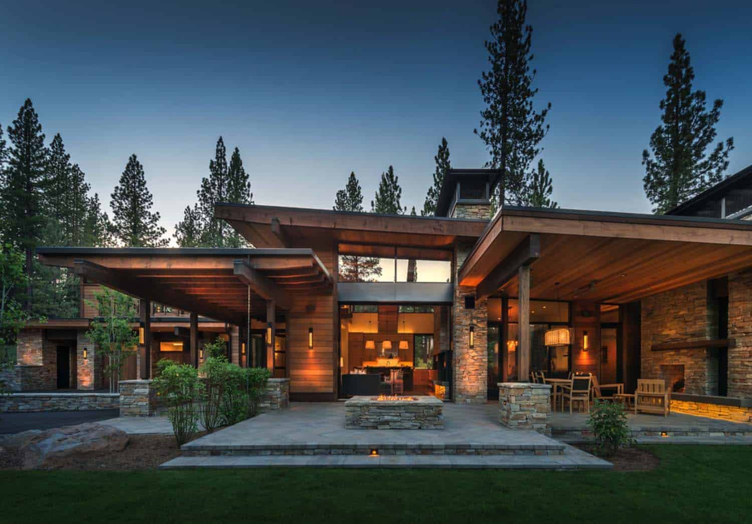 Mountain modern home in martis camp with indoor outdoor living for Modern mountain house plans