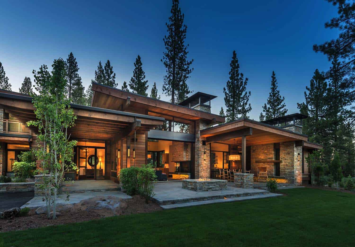 Mountain modern home in martis camp with indoor outdoor living for Home plan architect