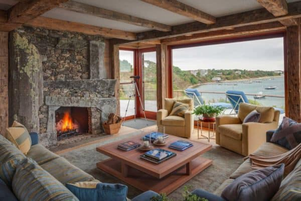 featured posts image for New England style beach cottage overlooking Katama Bay
