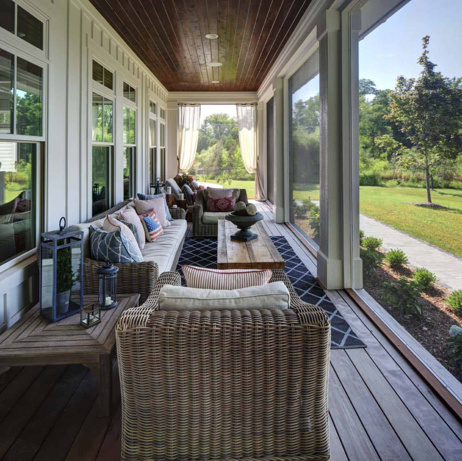Screened Porch Design Ideas-02-1 Kindesign