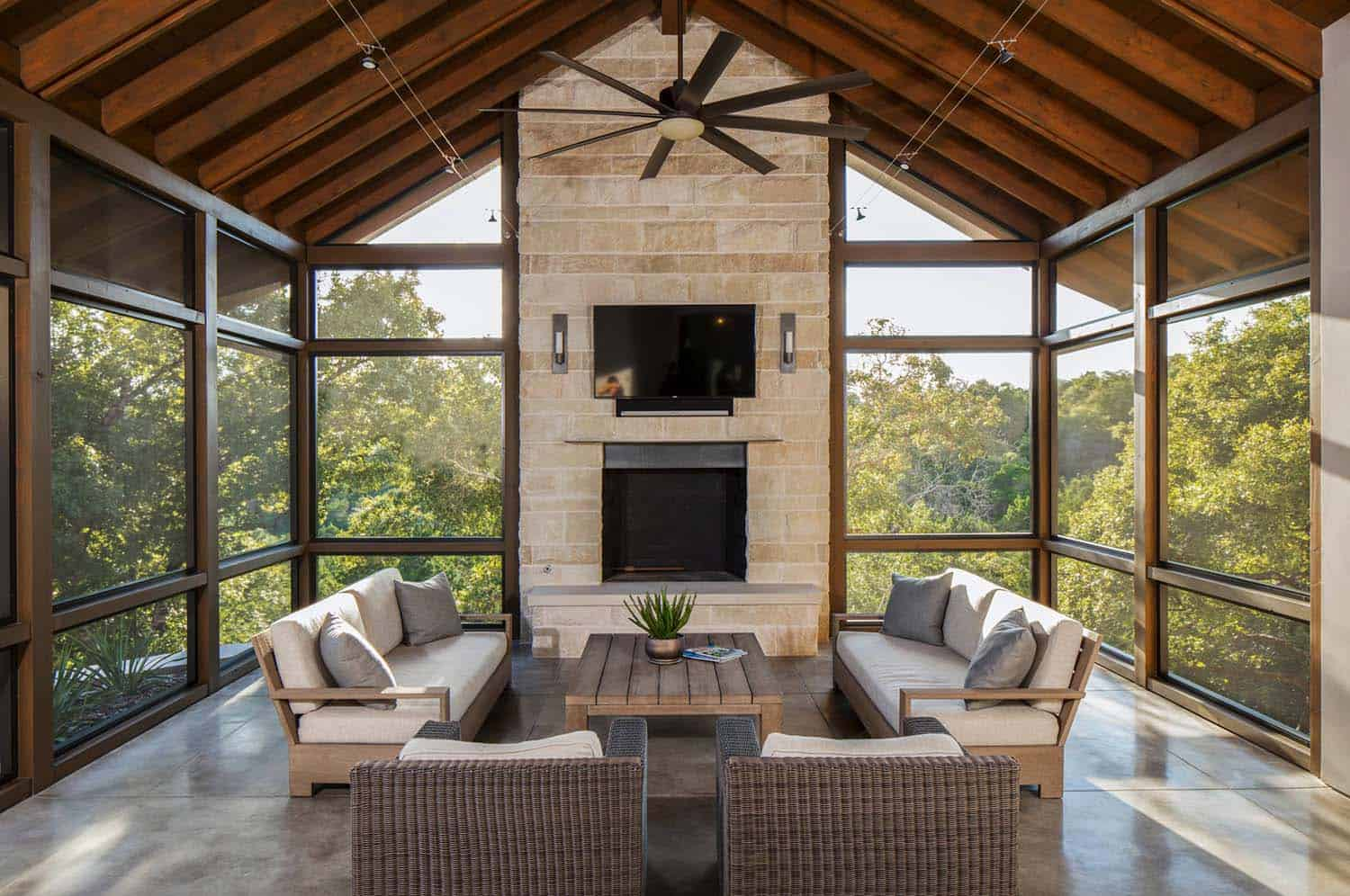 38 amazingly cozy and relaxing screened porch design ideas for Screen room plans