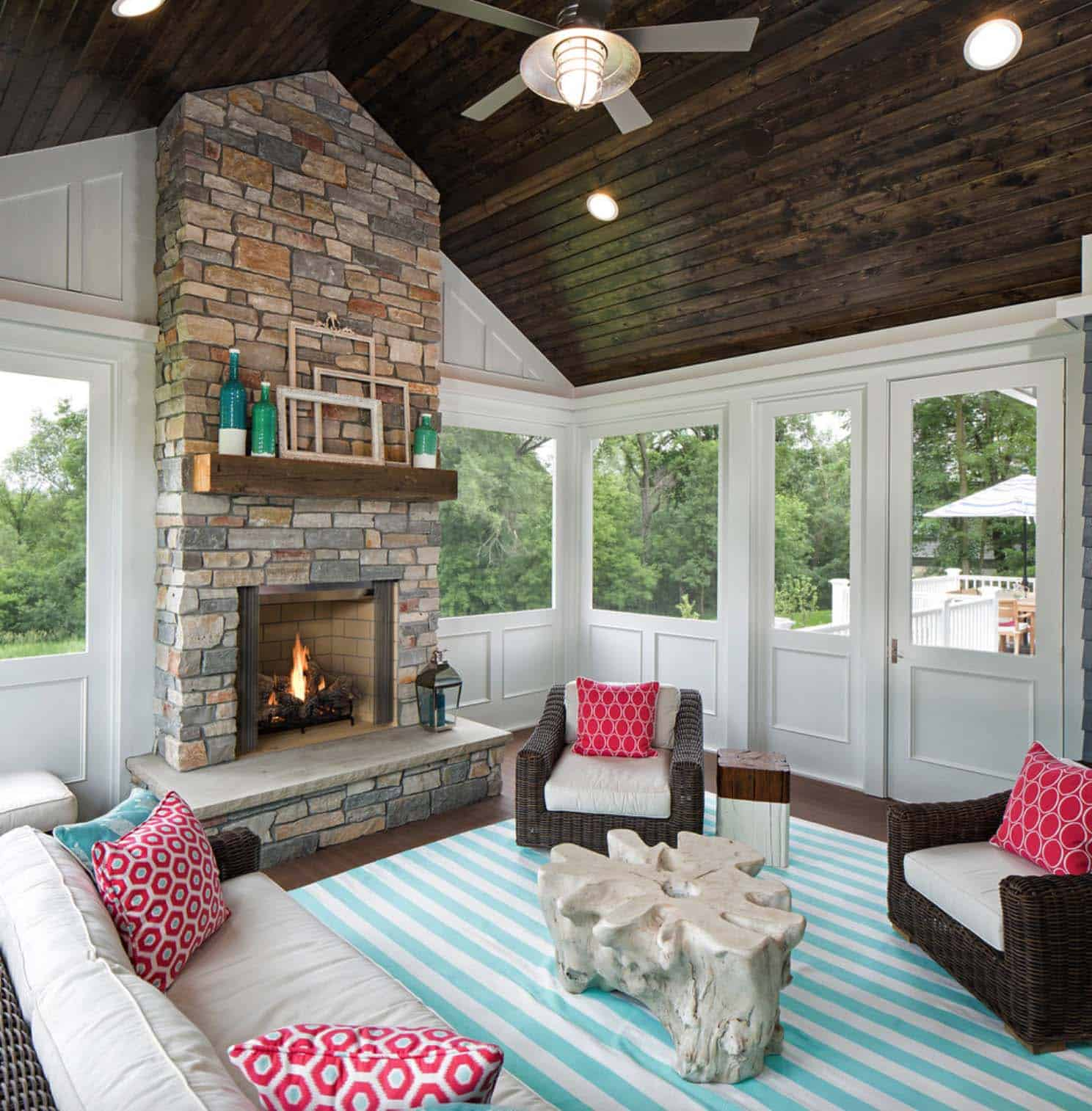 Enclosed Porch Decorating Ideas: 38 Amazingly Cozy And Relaxing Screened Porch Design Ideas
