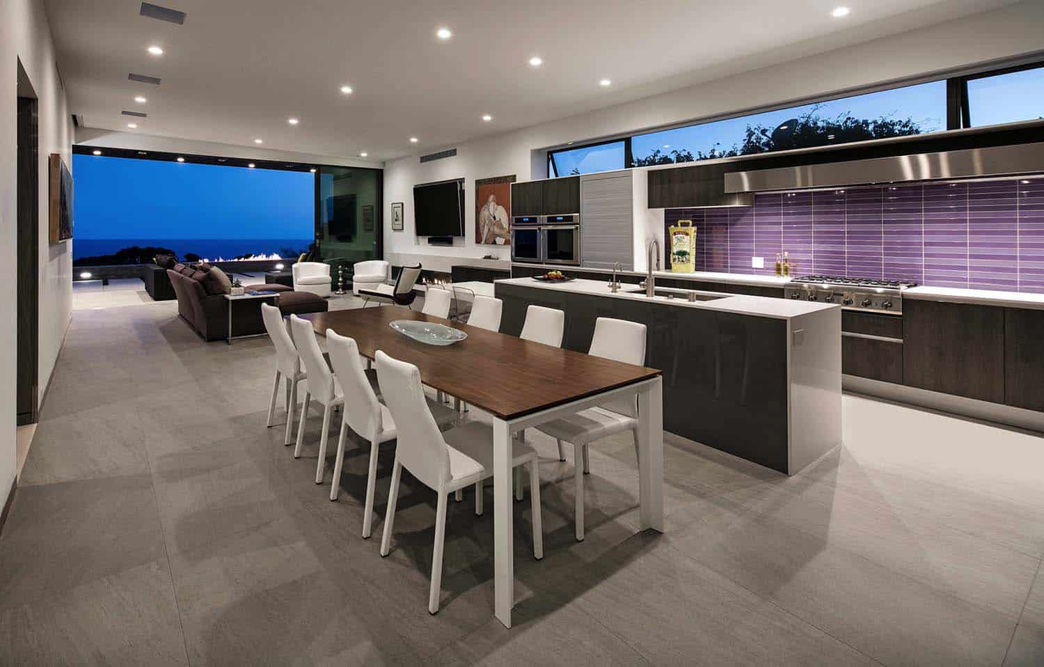 Striking Contemporary Home-Abramson Teiger Architects-05-1 Kindesign