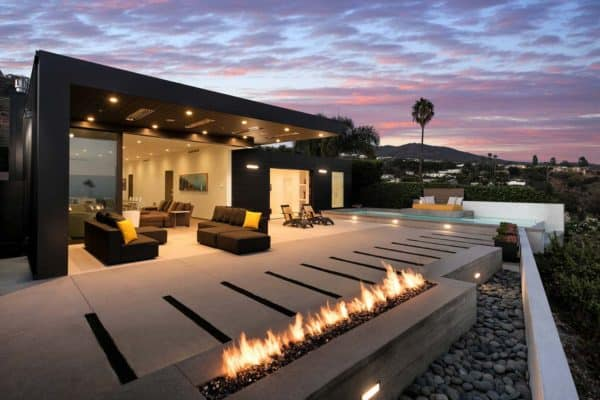 featured posts image for Striking contemporary home overlooking the Santa Monica Bay