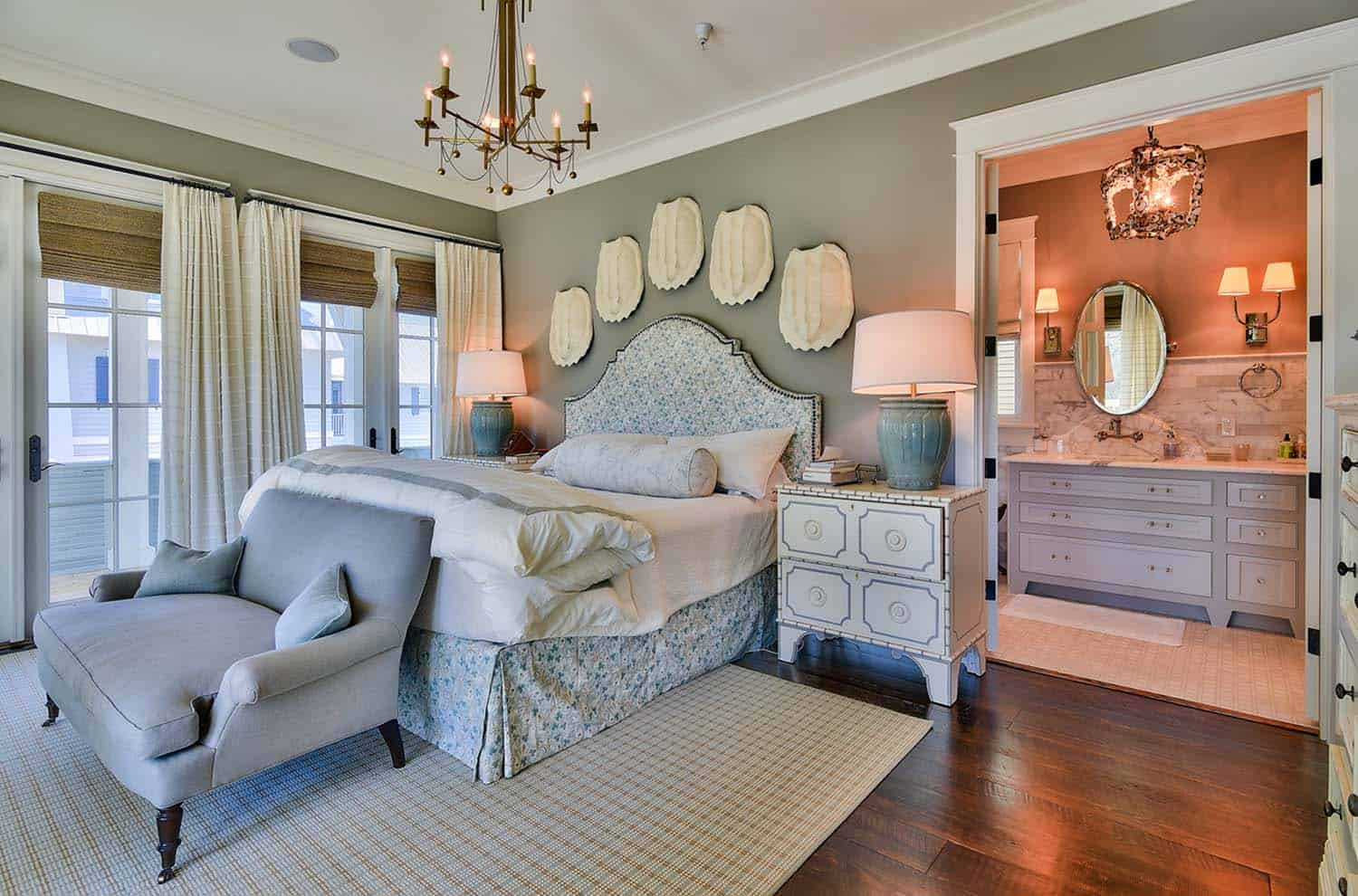WaterColor Lakefront Home-Urban Grace Interiors-19-1 Kindesign
