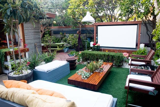 Backyard Theater Ideas 20 cool backyard movie theaters for outdoor entertaining