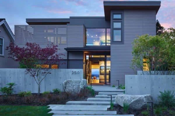 featured posts image for Cozy urban retreat designed to maximize Olympic mountain views