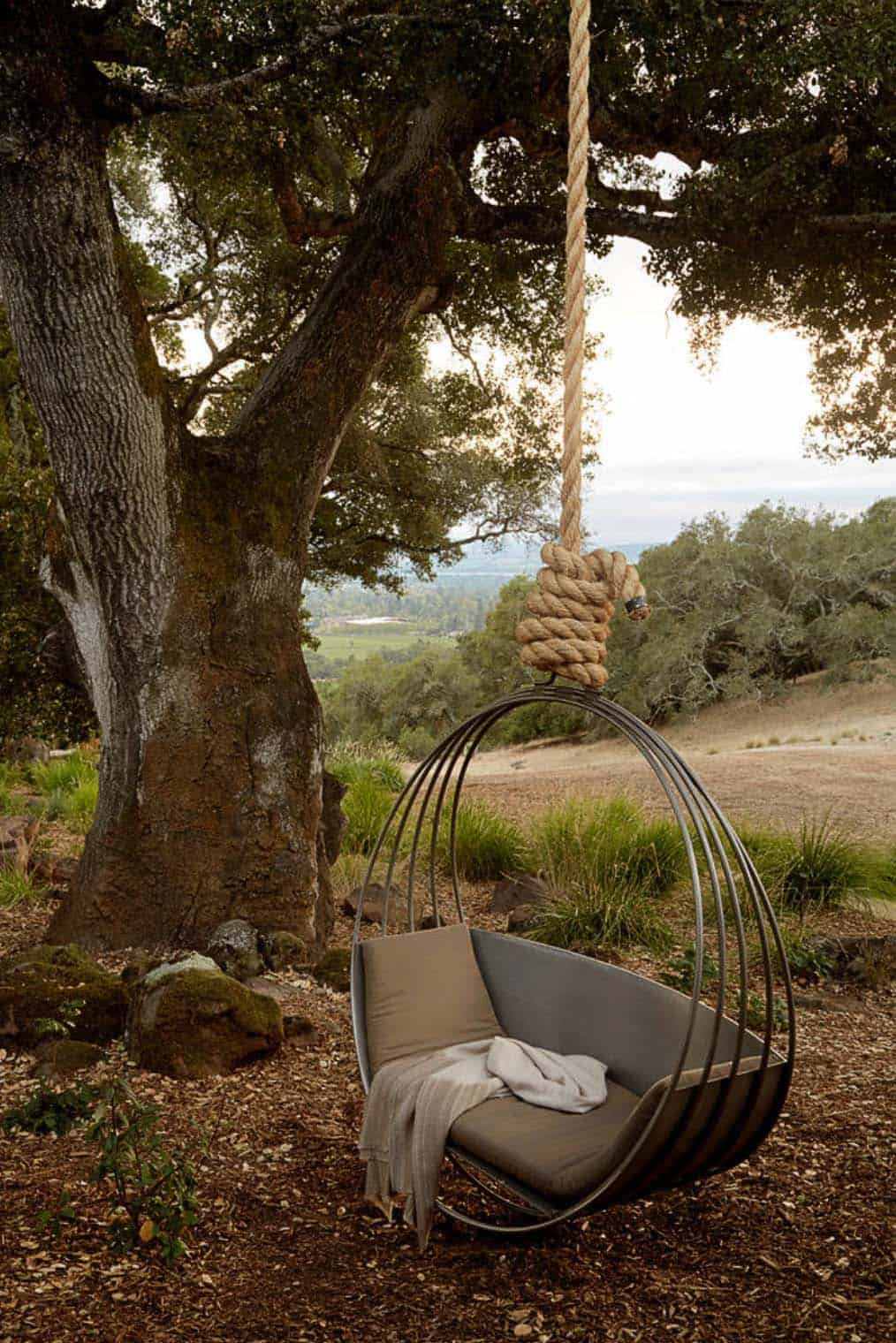 Fabulous Outdoor Swing Beds-01-1 Kindesign