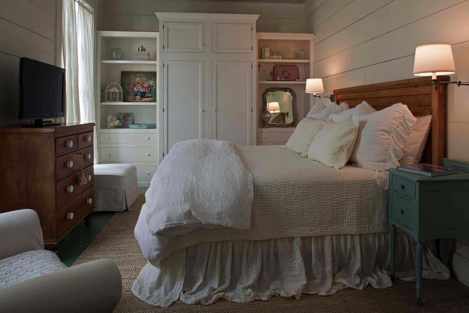Fish Camp Beach Cottage-Historical Concepts-12-1 Kindesign