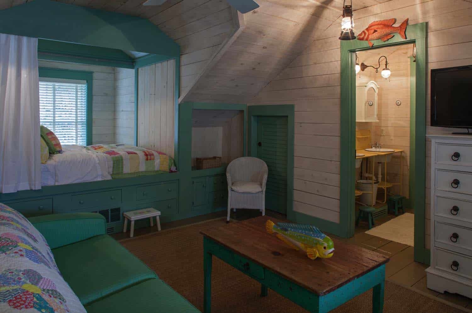 Fish Camp Beach Cottage-Historical Concepts-18-1 Kindesign
