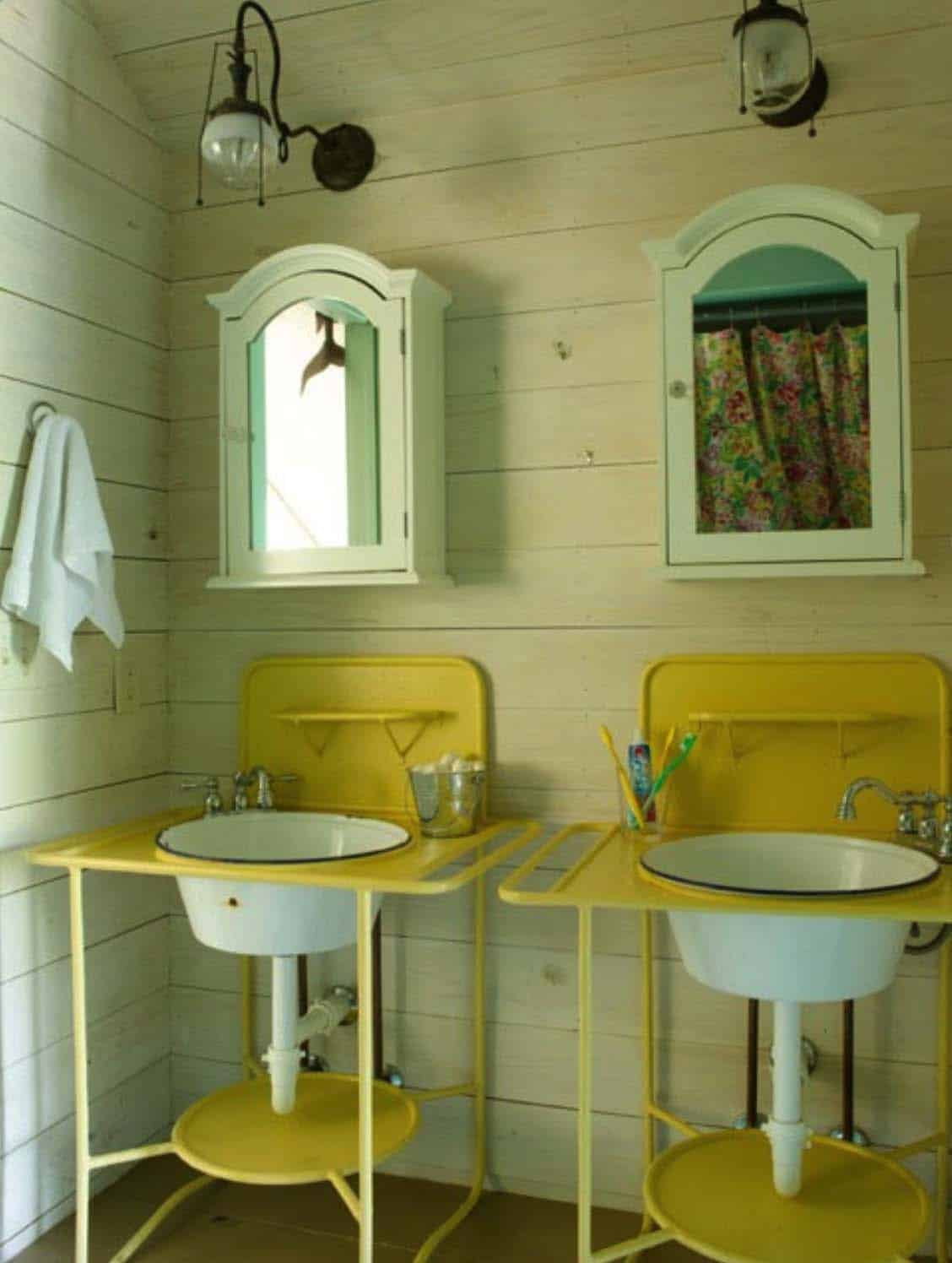 Fish Camp Beach Cottage-Historical Concepts-21-1 Kindesign