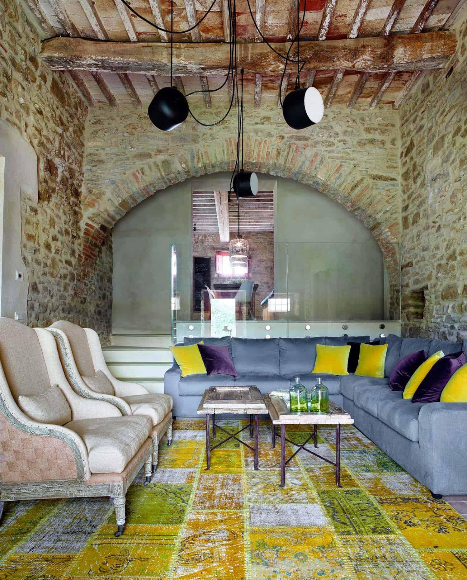 Historic Farmhouse Renovation-Special Umbria-01-1 Kindesign