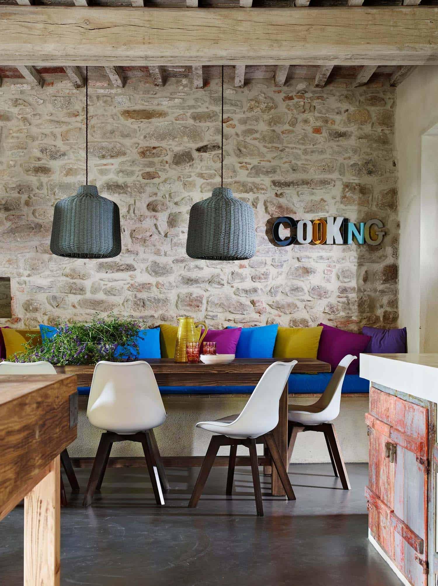 Historic Farmhouse Renovation-Special Umbria-09-1 Kindesign
