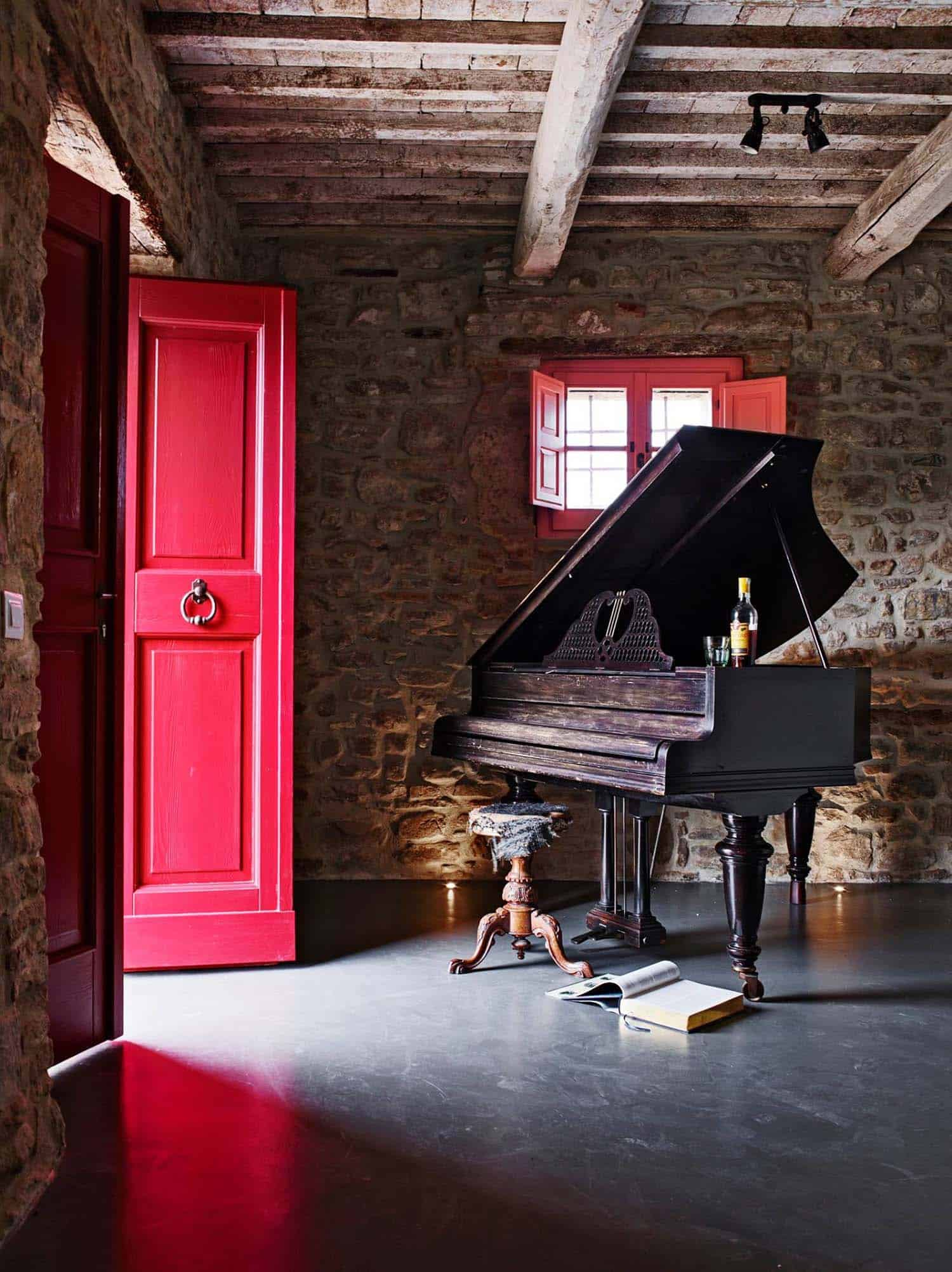 Historic Farmhouse Renovation-Special Umbria-23-1 Kindesign