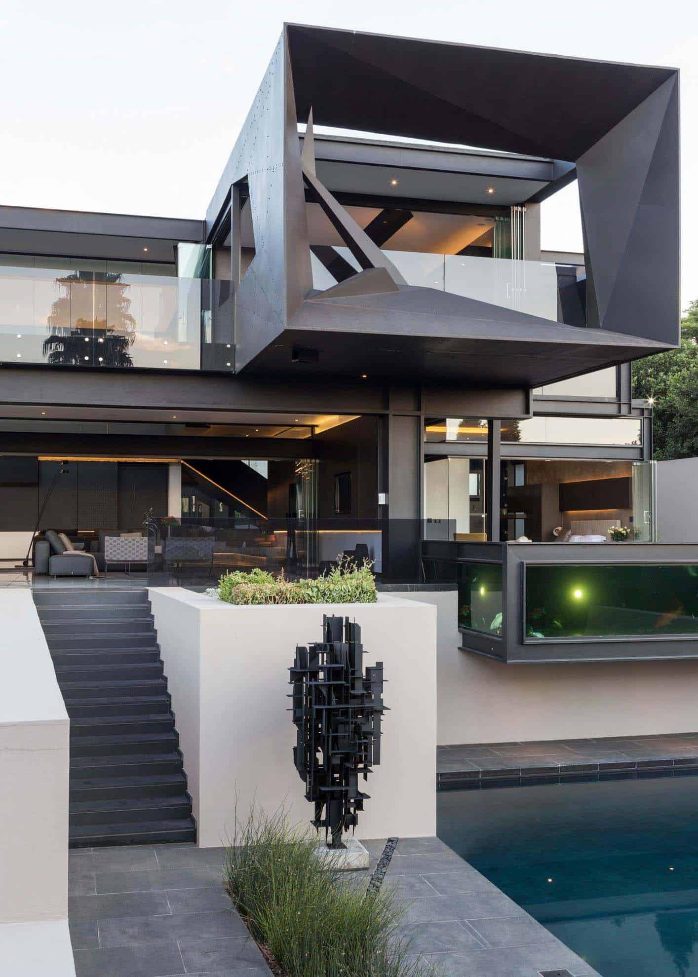 Imposing Modern Residence-Werner van der Meulen-03-1 Kindesign