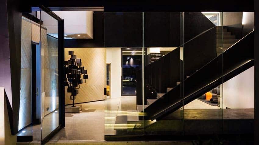 Imposing Modern Residence-Werner van der Meulen-05-1 Kindesign