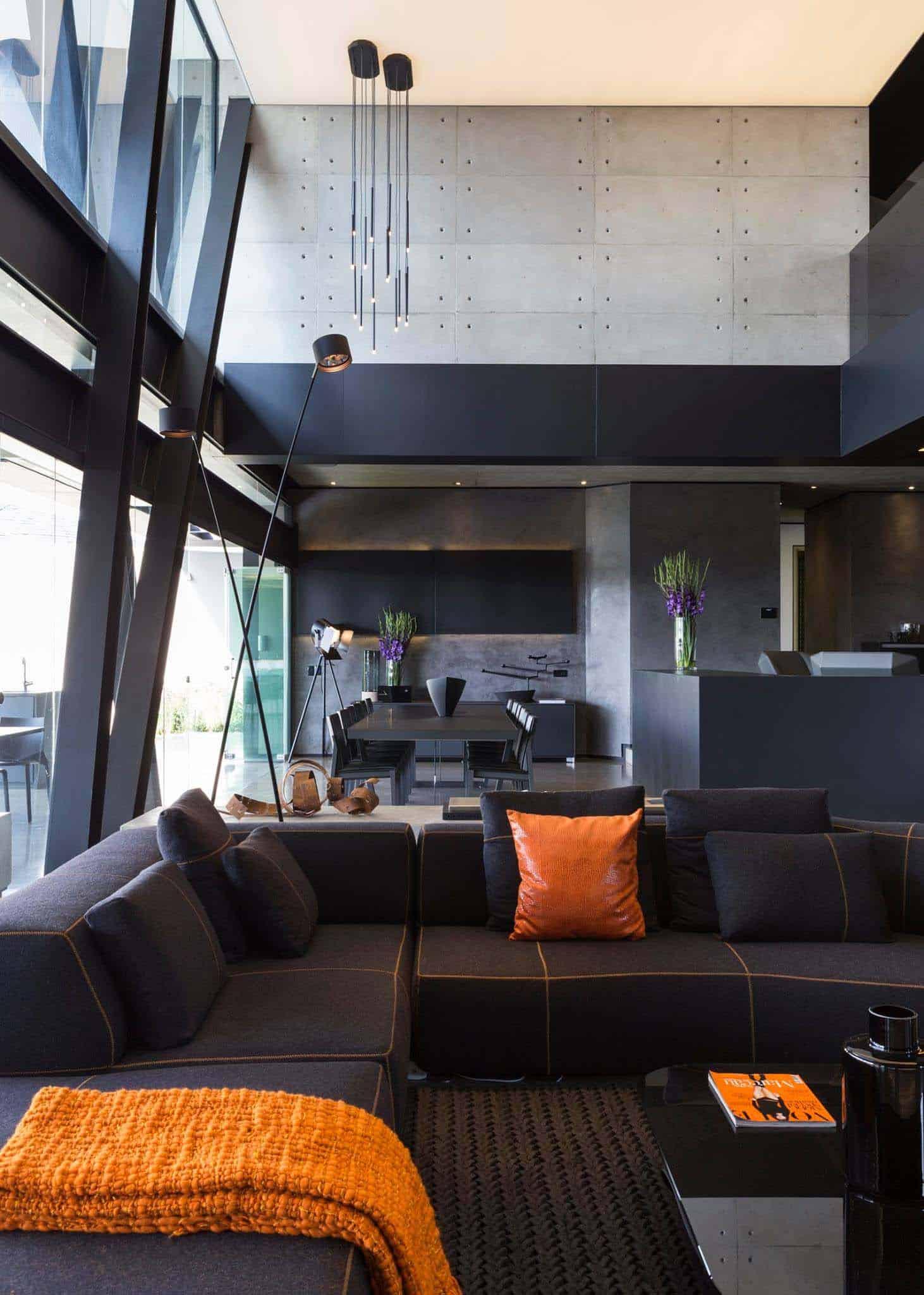 Imposing Modern Residence-Werner van der Meulen-08-1 Kindesign