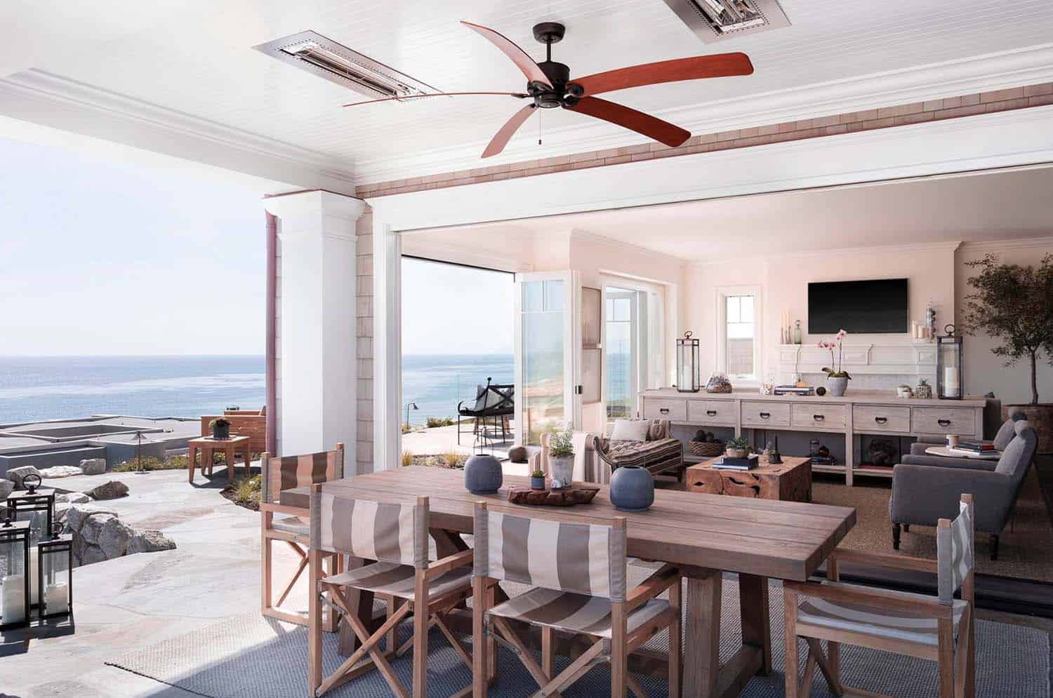 Luxury Beach House-Brown Design Group-04-1 Kindesign