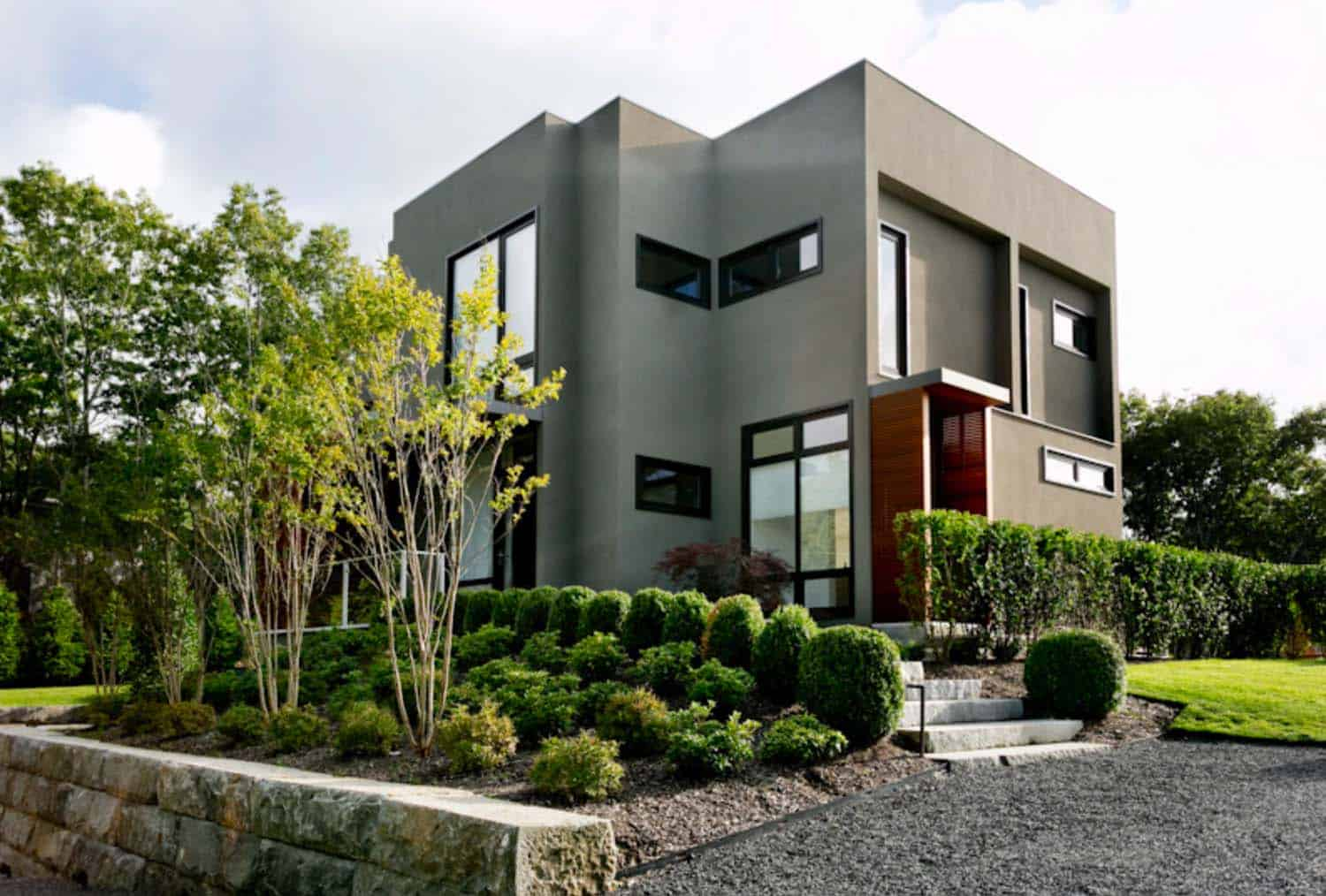 Modern Family Home-Timothy Godbold-01-1 Kindesign