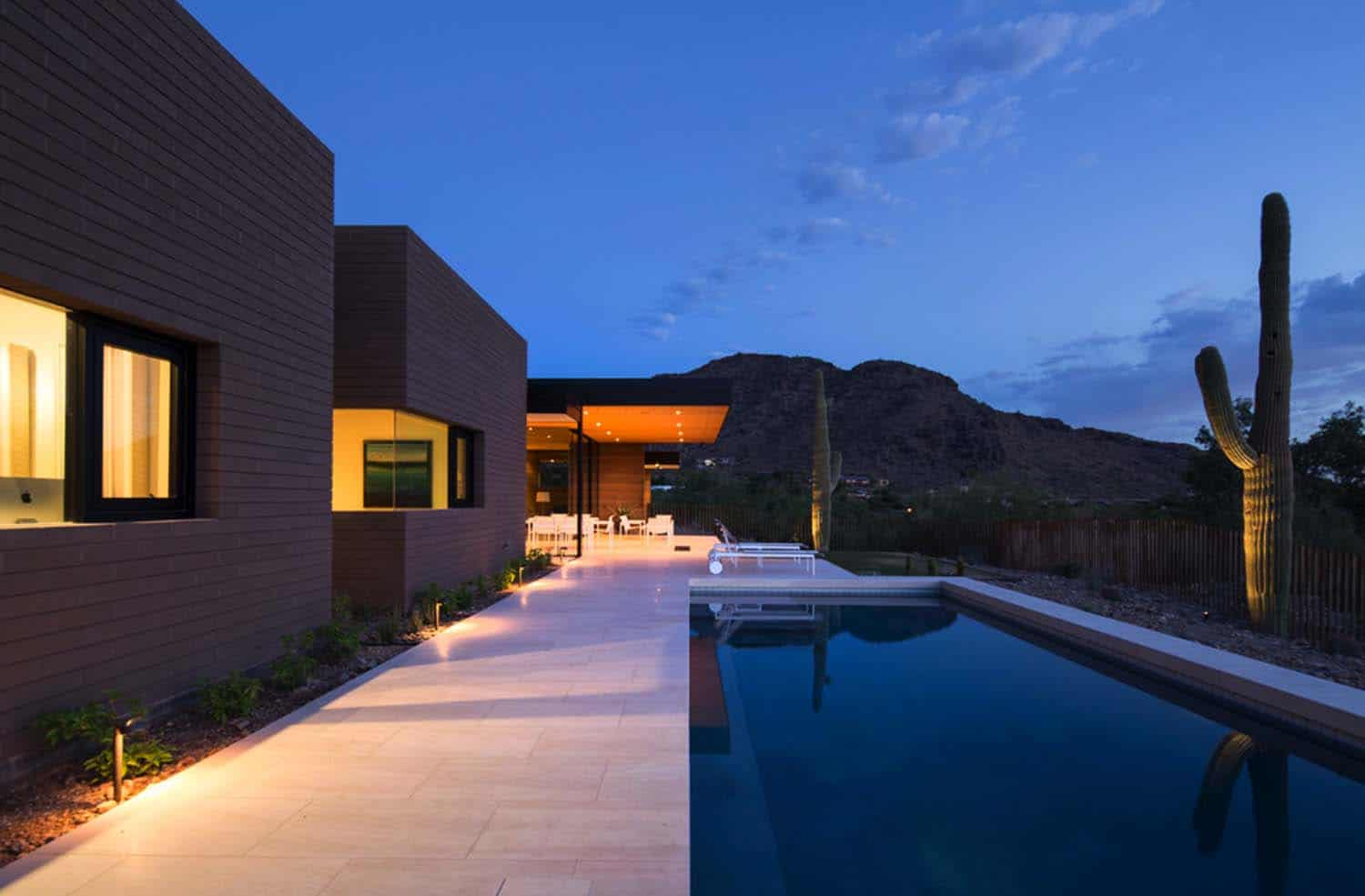 Modern Rammed Earth Home-Kendle Design-21-1 Kindesign