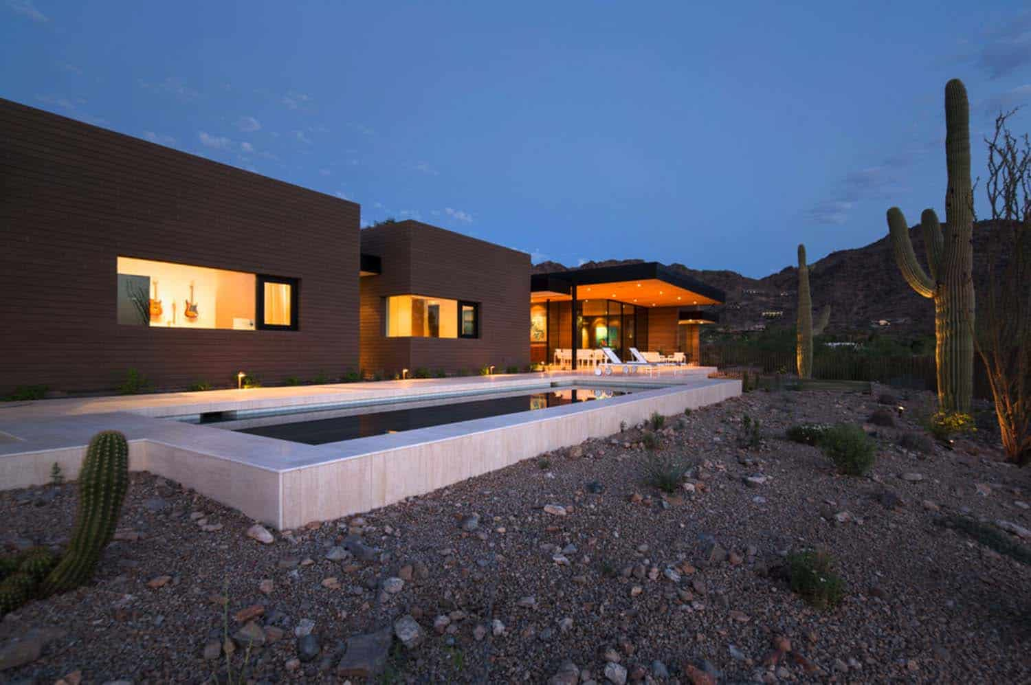 Modern Rammed Earth Home-Kendle Design-23-1 Kindesign