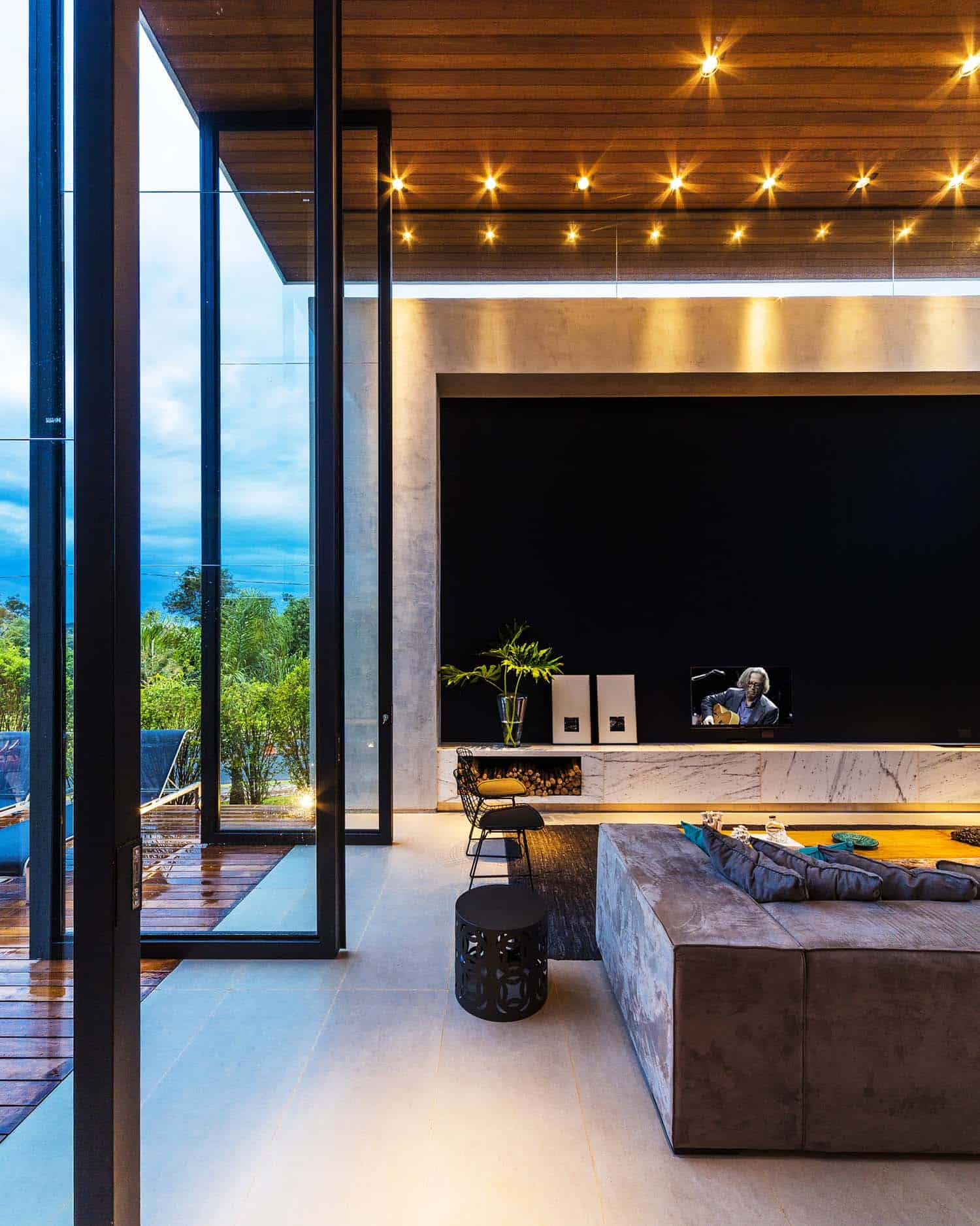 Striking Modern Residence-Spagnuolo Architecture-12-1 Kindesign
