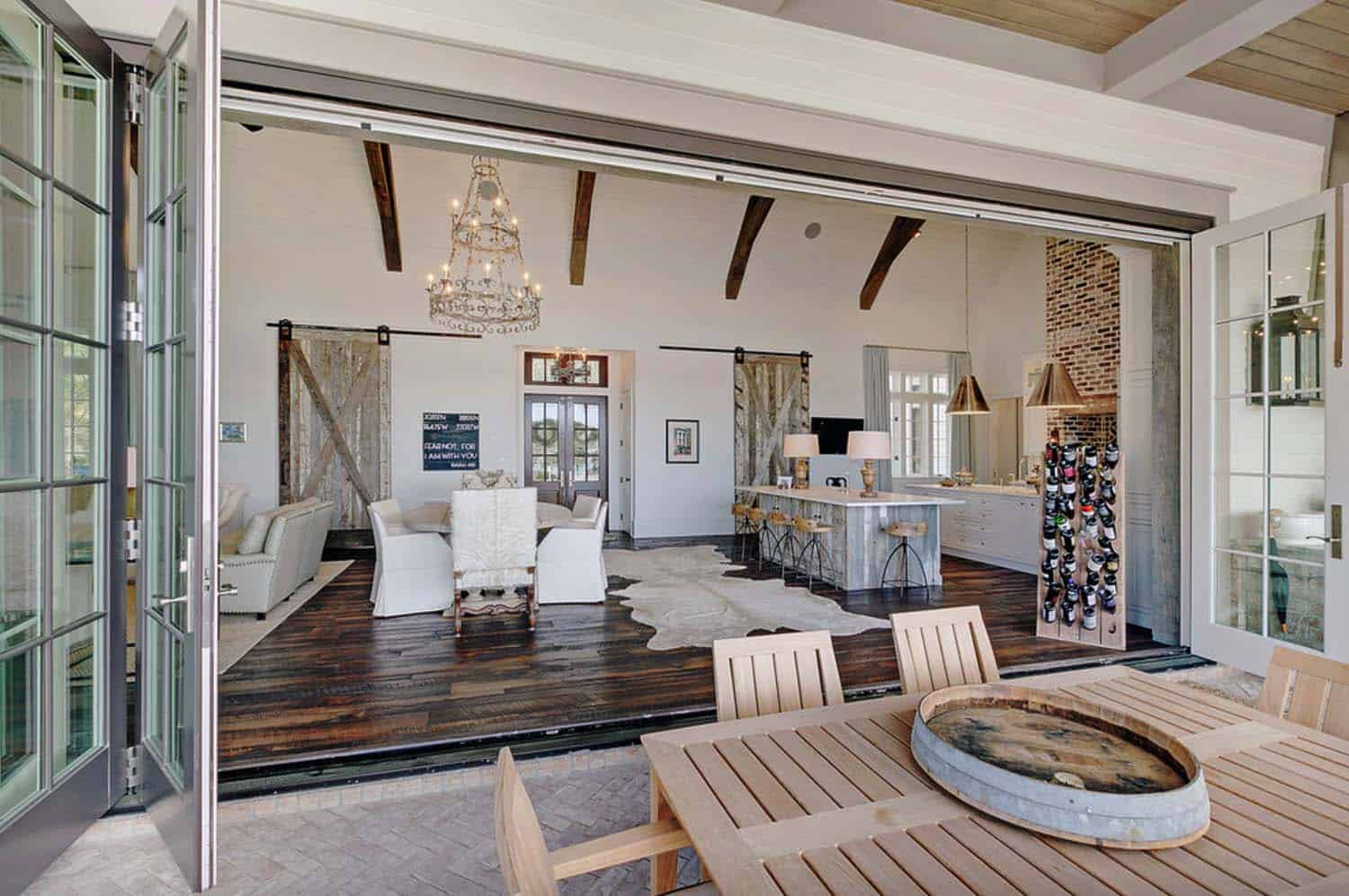 Traditional Bayfront Residence-Geoff Chick Associates-09-1 Kindesign