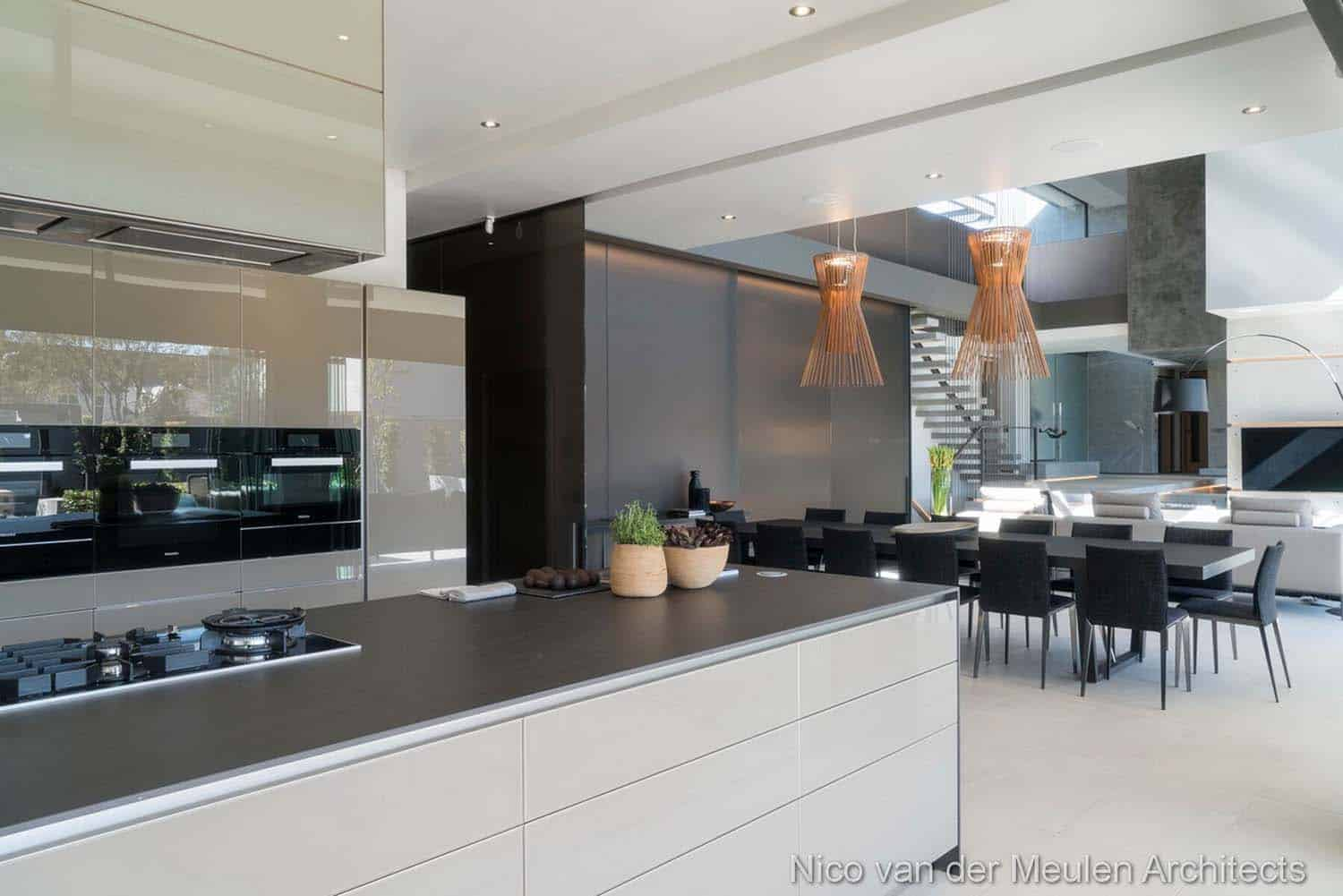 Forest Road Home-Nico van der Meulen Architects-24-1 Kindesign