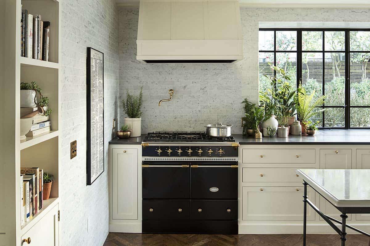 Historic Home Renovation-Jessica Helgerson Interior Design-02-1 Kindesign