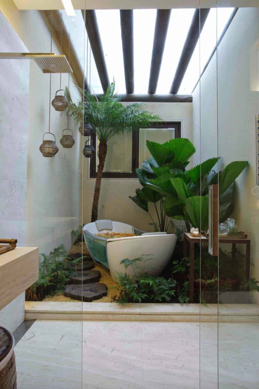 Inspiring Bathrooms Integrating Lush Gardens-07-1 Kindesign