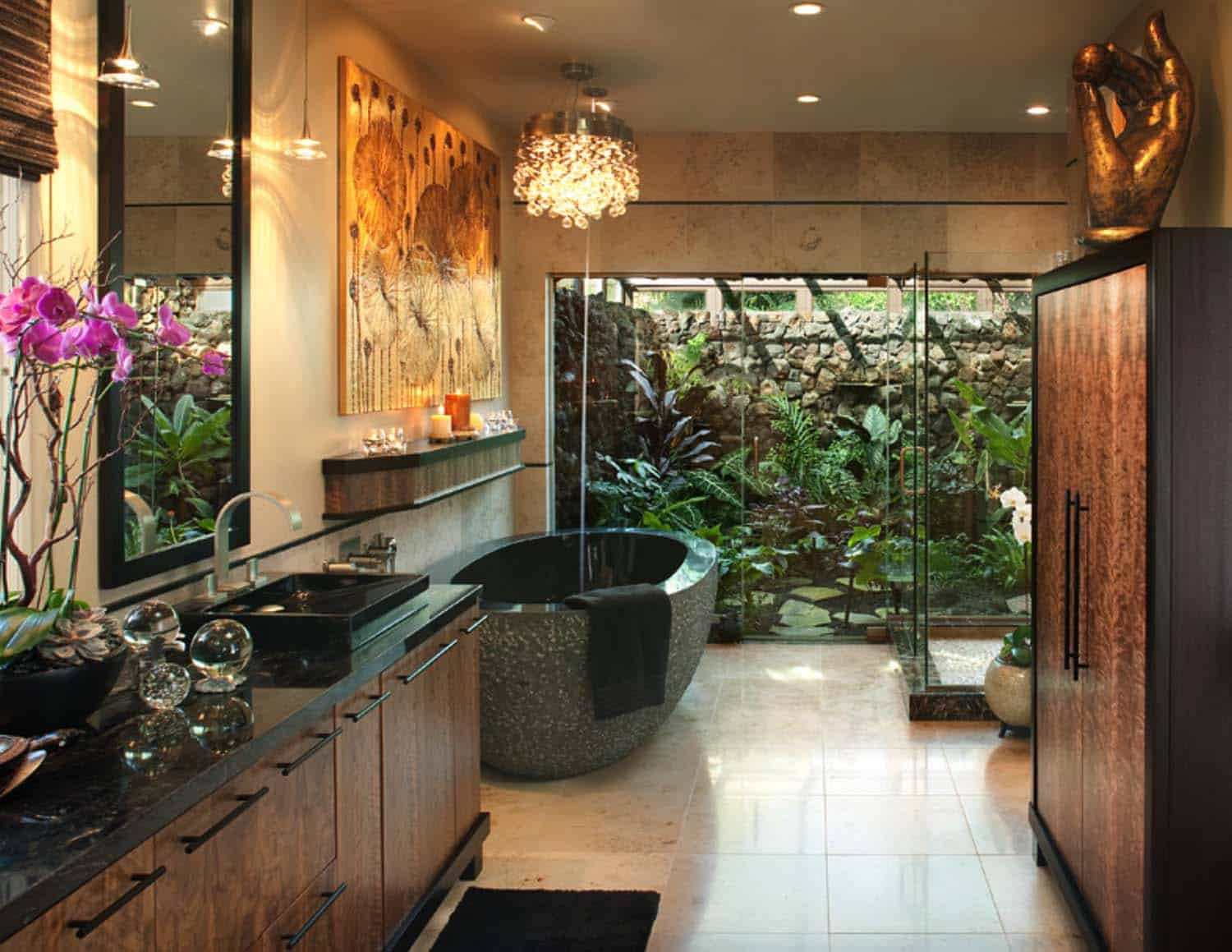 Inspiring Bathrooms Integrating Lush Gardens-12-1 Kindesign