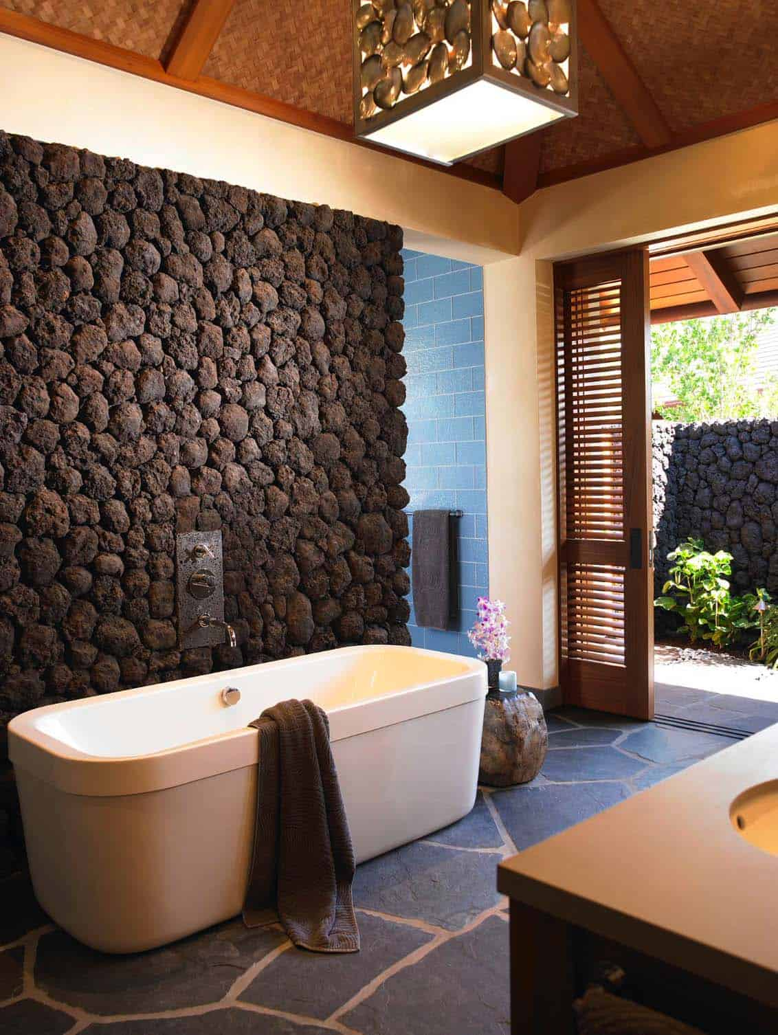 Look - Garden Bathroom pictures video