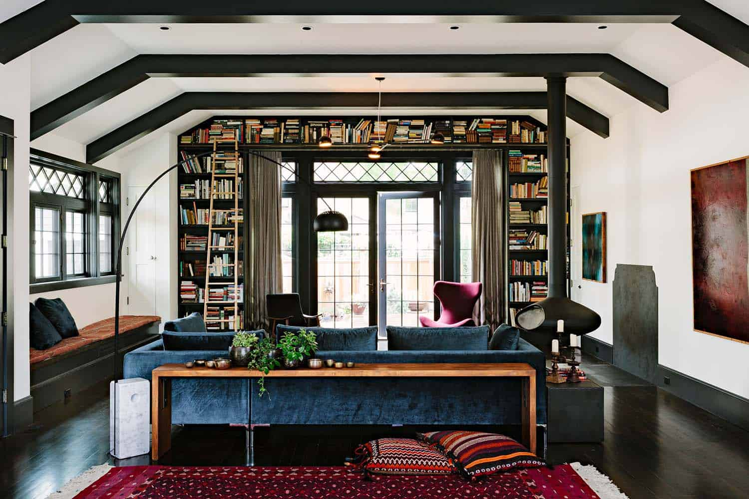 Inviting Library House-Jessica Helgerson-03-1 Kindesign
