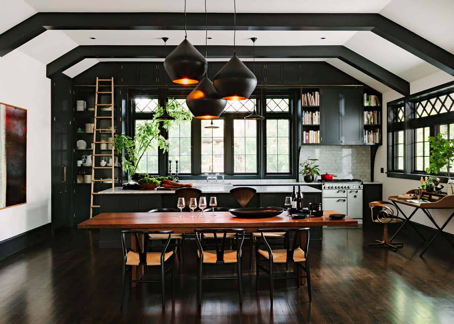 Inviting Library House-Jessica Helgerson-04-1 Kindesign