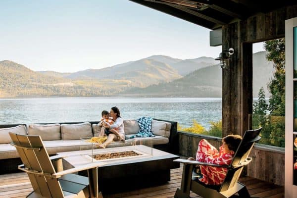 featured posts image for A modern family hideaway along Lake Chelan, Washington