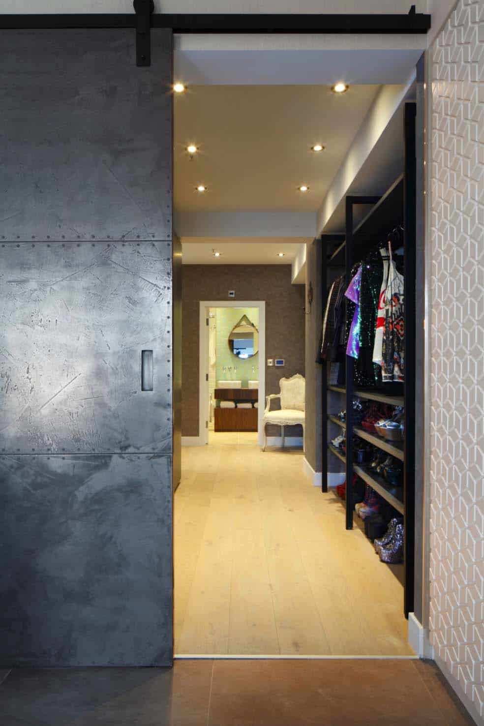 Luxury Loft Apartment-Oliver Burns-04-1 Kindesign