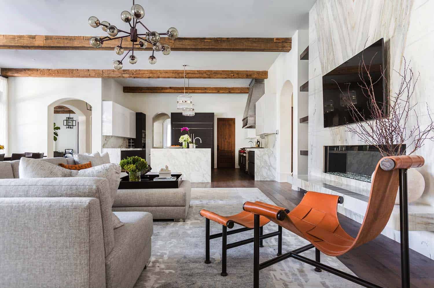 Mediterranean Style Home Marie Flanigan Interiors 03 1 Kindesign