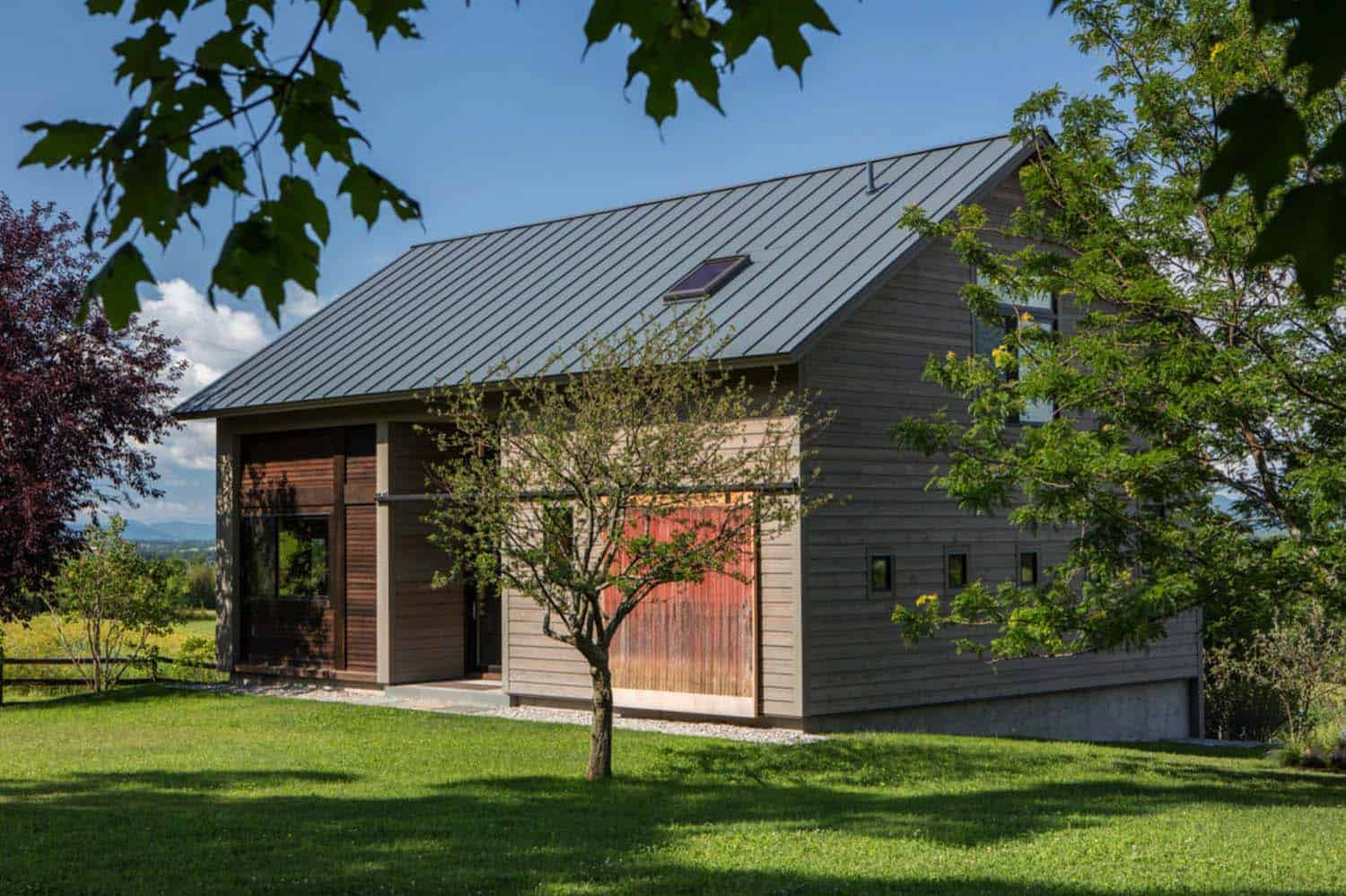 Rustic Barn Guesthouse-Joan Heaton Architects-01-1 Kindesign
