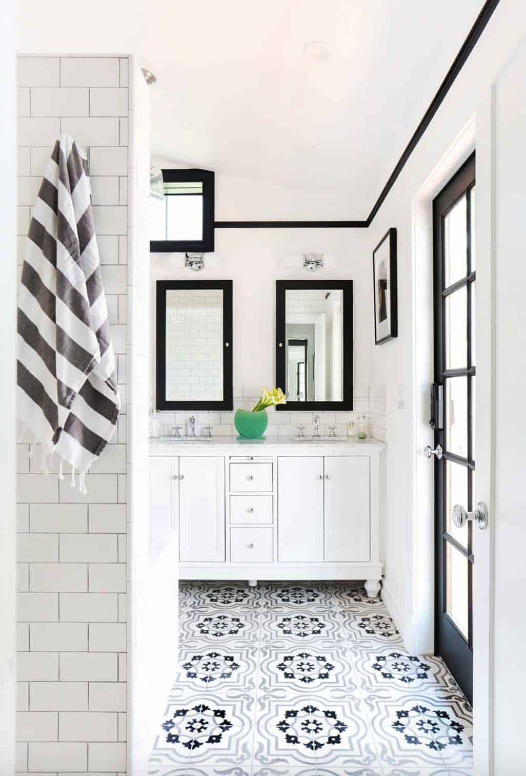 Scandinavian Style Home Renovation-Stefani Stein-23-1 Kindesign