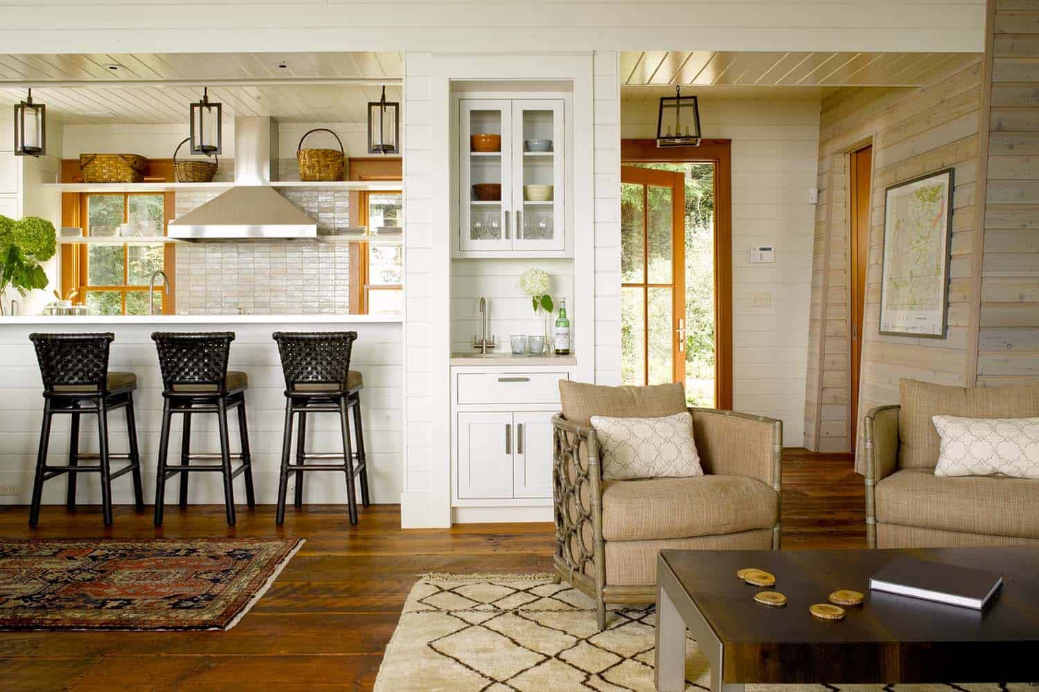 Traditional Style Family Retreat-Hoedemaker Pfeiffer-02-1 Kindesign