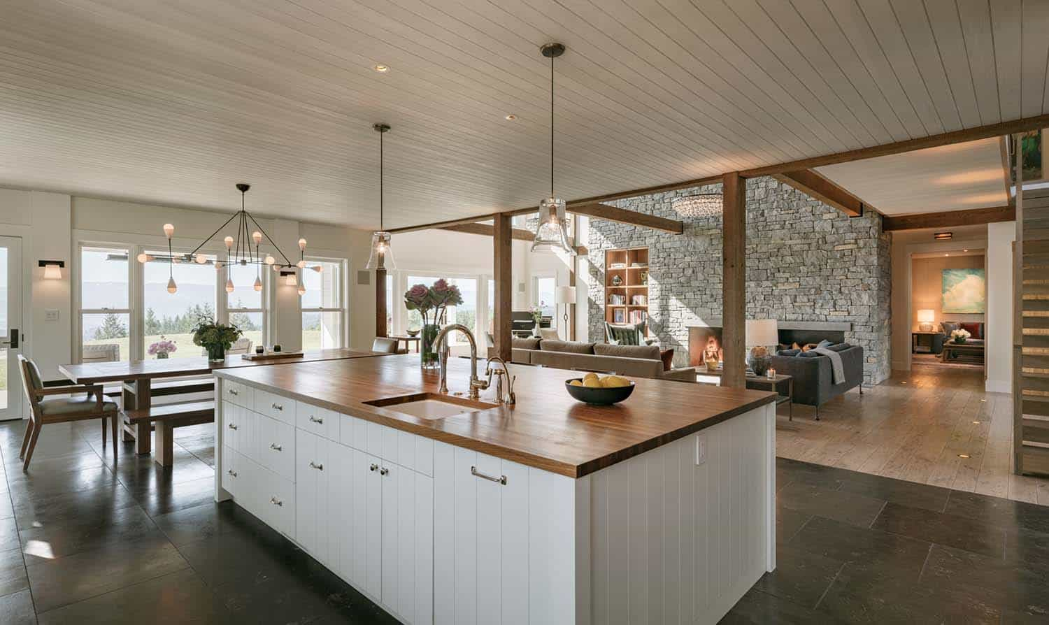 Contemporary Farmhouse Style-Rockefeller Partners Architects-06-1 Kindesign