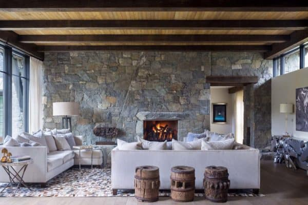 featured posts image for Mountain chalet in Colorado showcases rustic-contemporary styling