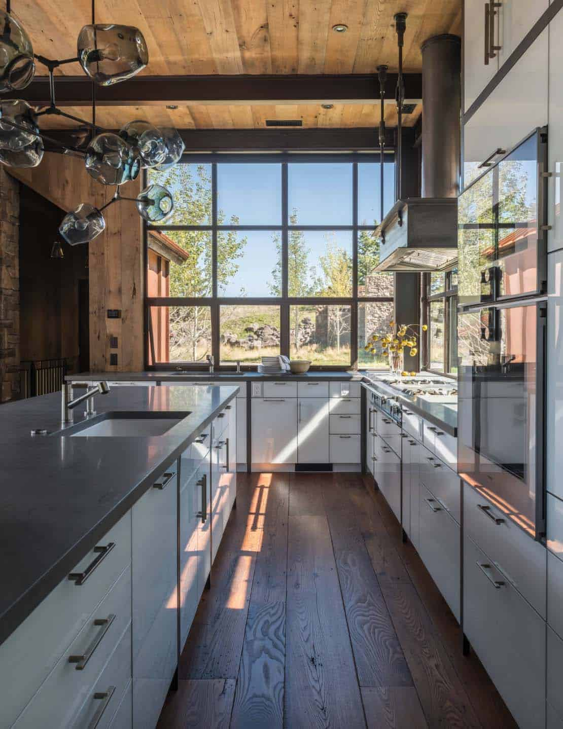Contemporary Mountaintop Homestead-JLF Associates-11-1 Kindesign