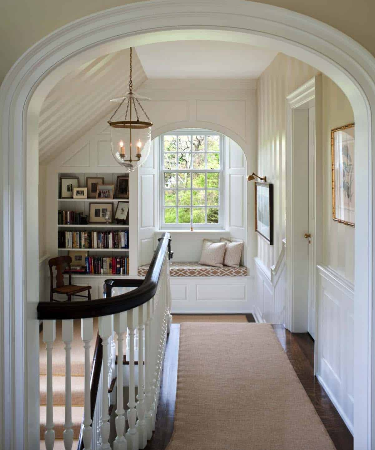 Cozy Reading Nooks For Lounging-16-1 Kindesign