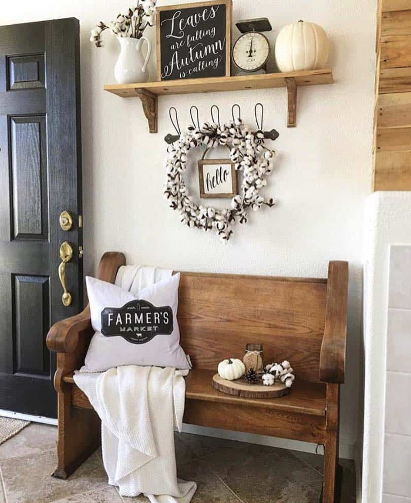 Fall-Inspired Entryway Decorating Ideas-05-1 Kindesign