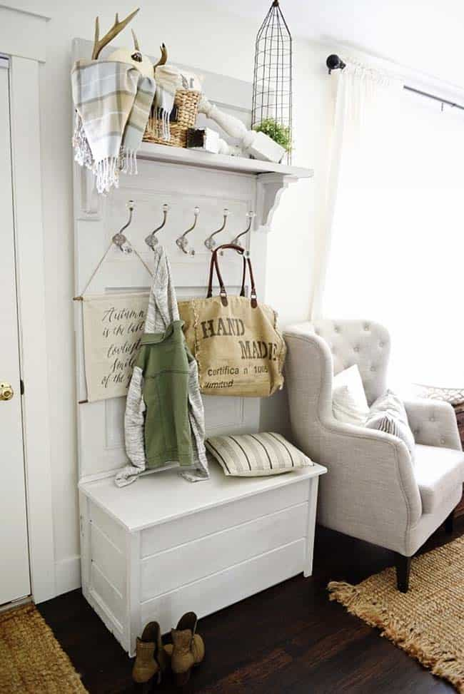 Fall-Inspired Entryway Decorating Ideas-12-1 Kindesign